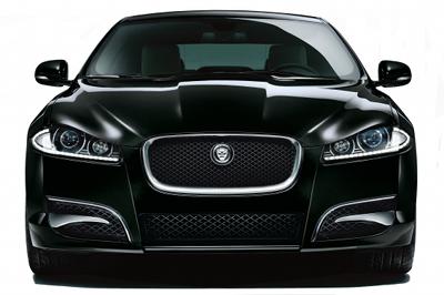 Présentation de la Jaguar XF Winter Collection de 2012.